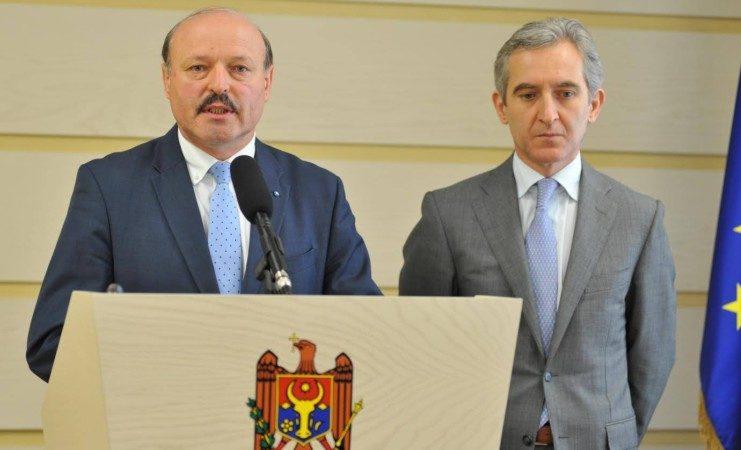 """Ghileţchi admite că i-ar putea lua locul lui Leancă în prezidiul Parlamentului. Pe următorul deputat PLDM îl va convinge cu """"argumente politice"""""""