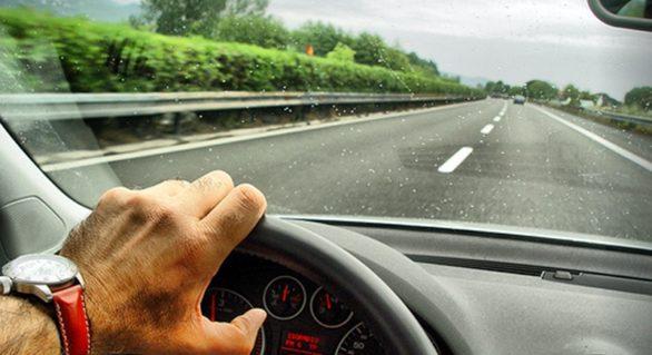 Olanda reclamă Germania din cauza taxei de drum pentru şoferii străini