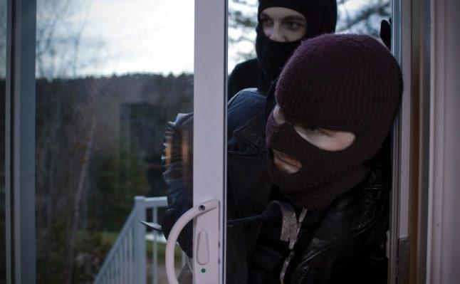 În perioada sărbătorilor de iarnă comiterea furturilor este mai frecventă; Recomandările poliției