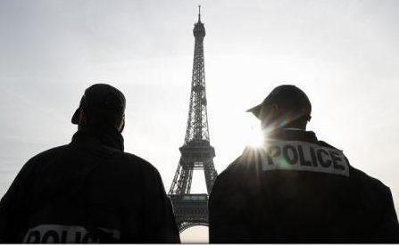 """Franța a identificat între 150 și 200 de """"bancheri oculți"""" ai grupării Stat Islamic"""