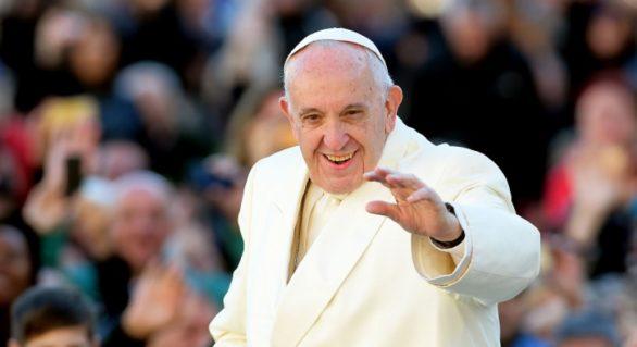 """Papa Francisc vrea schimbarea rugăciunii """"Tatăl nostru"""": """"Nu Dumnezeu ne duce în ispită, ci Satana"""""""