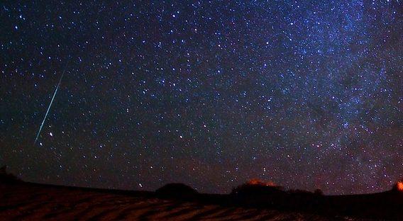 Fenomen astronomic spectaculos în 13, 14 şi 15 decembrie. Ce sunt Geminidele şi cum le puteţi vedea