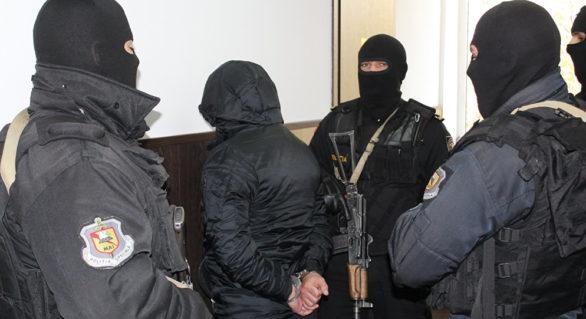 """Campanie de represiuni împotriva consilierilor """"Partidului Nostru"""" la Bălți. Unii aleși, citați la Procuratură"""