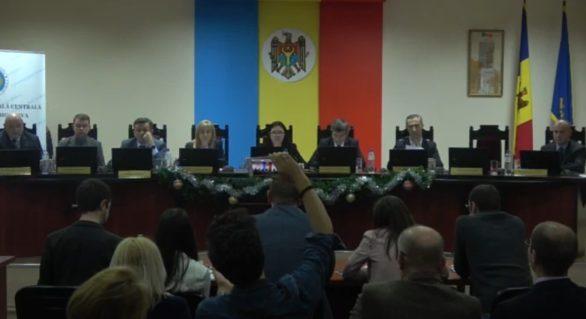 CEC a respins înregistrarea grupului de inițiativă pentru organizarea referendumului de anulare a sistemului mixt