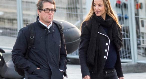 Hugh Grant așteaptă al cincilea copil, în ultimii șapte ani