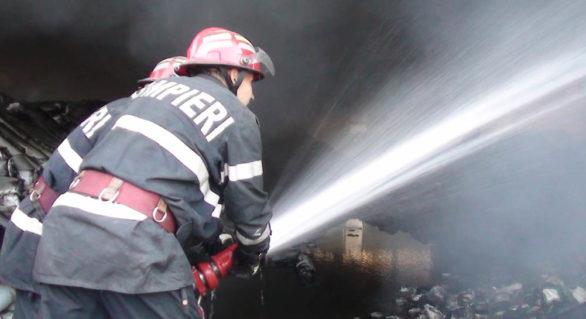 O femeie de 72 de ani și un bărbat de 49 de ani, morți în urma incendiilor produse ieri