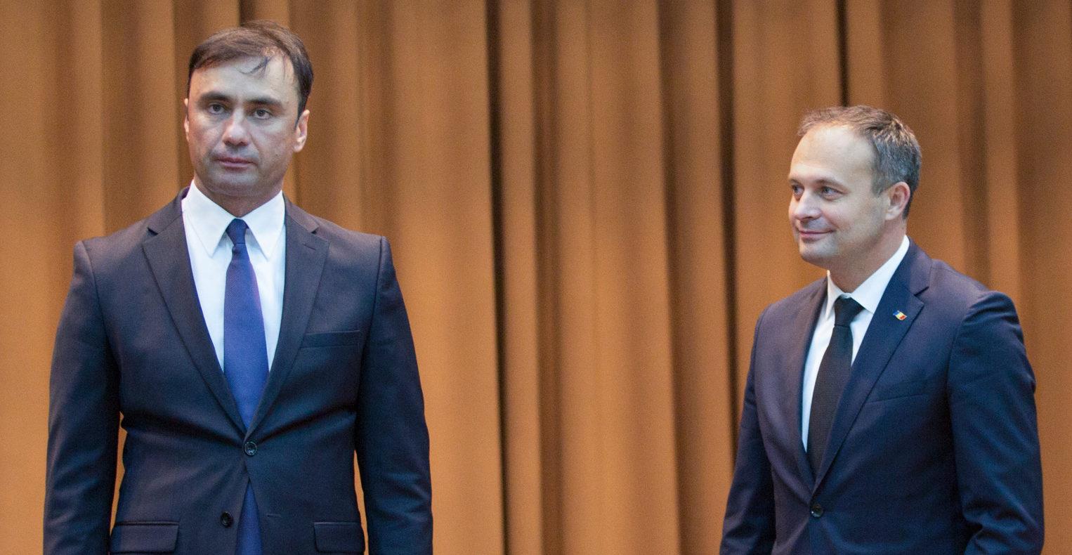 """Directorul SIS, Vitalie Pîrlog, și-a dat demisia. """"Decizia are la bază dorința de a continua acele reforme la Interpol"""