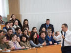 (OPINIE) Mărturia lui Candu în fața studenților FRIȘPA: Sistemul mixt a fost introdus ca oameni ca Plahotniuc să nu ajungă în Parlament