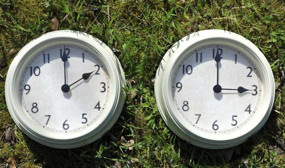 """Uniunea Europeană ia în calcul modificarea """"orei de vară"""""""