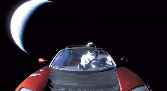 """Aceasta este ultima imagine cu """"Starman"""" şi maşina Tesla Roadster în drum spre Jupiter"""