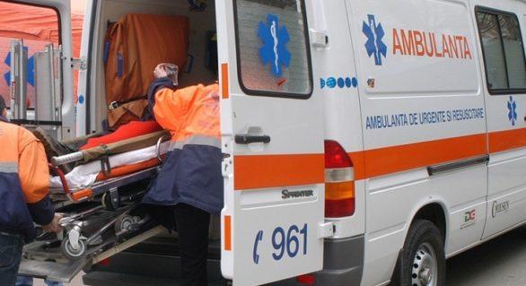 Un tânăr de 28 de ani şi copilul acestuia de doar 3 ani, internaţi de urgenţă după ce s-au intoxicat cu monoxid de carbon
