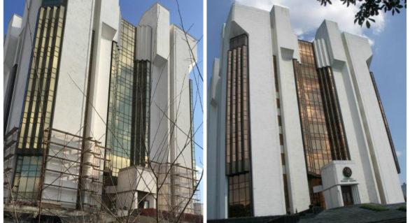 (FOTO) Rămasă în paragini după evenimentele din 2009, Președinția a intrat azi în reparații