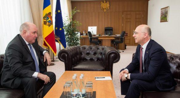 Evoluția relațiilor moldo-ruse și identificarea unor soluții pentru subiectele sensibile de pe agenda bilaterală, discutate de Pavel Filip cu Grigorii Karasin