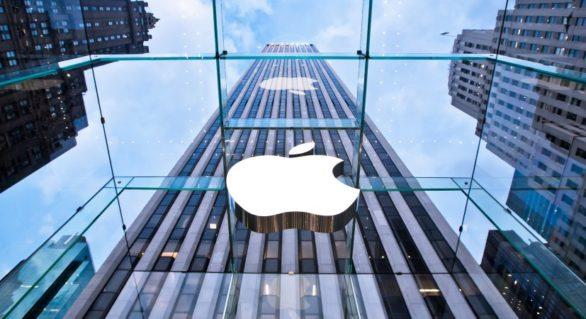 Apple, lider mondial pe piața accesoriilor conectate în 2017
