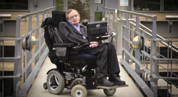 Cel mai cunoscut om de știință britanic, fizicianul Stephen Hawking a murit la vârsta de 76 de ani