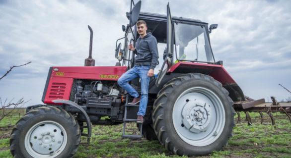 Un tânăr din Ștefan |Vodă și-a deschis o afacere pe bani europeni. Rândul la serviciile firmei este stabilit cu câteva luni înainte