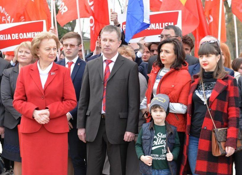"""(VIDEO) Socialiștii și-au înaintat oficial candidatul la Primăria Bălți! """"Argumentul beton"""" al Zinaidei Greceanîi"""