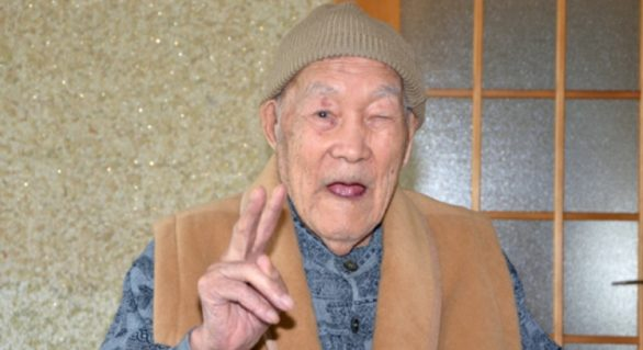 Sfaturile celui mai bătrân bărbat din lume: Ce trebuie să faci pentru a trăi 112 ani