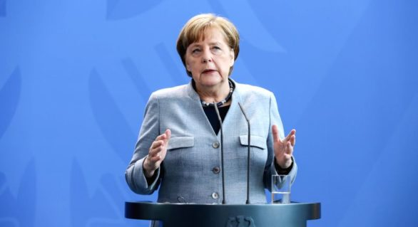 Angela Merkel exclude participarea Germaniei la o eventuală operațiune militară împotriva Damascului