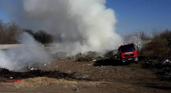 Peste 500 de ha de iarbă, arsă de la începutul anului. Doar în ultimele 24 de ore, pompierii au lichidat arderea a 33 ha