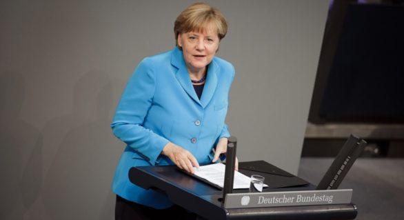 """Angela Merkel subliniază în Bundestag importanța """"excepțională"""" a relației cu SUA"""
