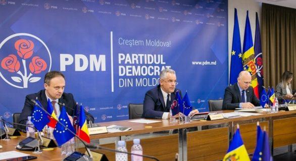 Dedublarea PD! Filip cere ANRE lămuriri privind evoluția prețurilor la carburanți; majoritatea parlamentară respinge audierile directorului ANRE