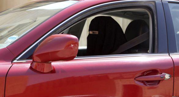 Femeile saudite vor putea să conducă automobile începând din 24 iunie