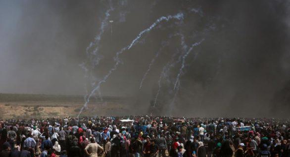Mii de palestinieni, așteptați azi să protesteze din nou la frontiera cu Israelul, după ce ieri armata israeliană a ucis circa 60 de demonstranți