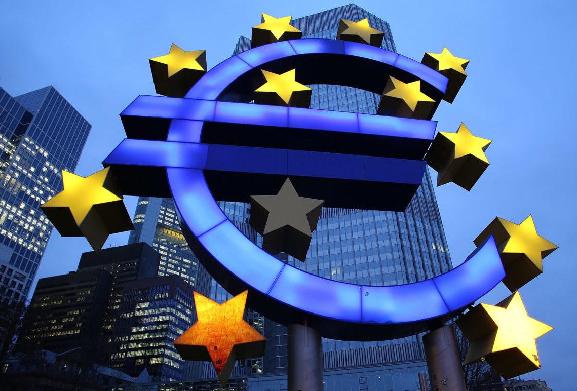 Majoritatea italienilor își doresc ca țara să rămână în zona euro