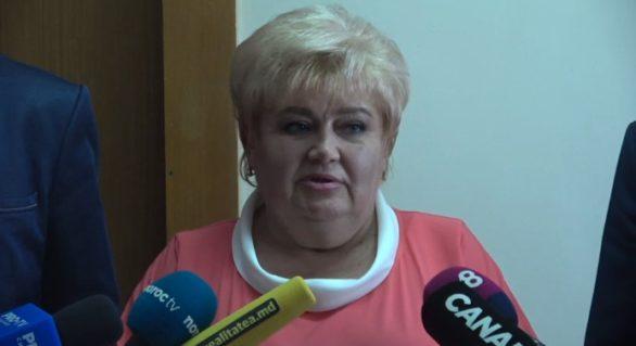 Candidatul Partidului Șor la funcția de primar al capitalei, exclusă din cursă. Reacția Reghinei Apostolova