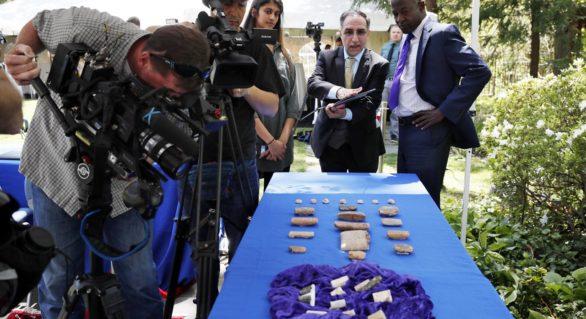 Mii de artefacte introduse ilegal în SUA, restituite oficial autorităților irakiene