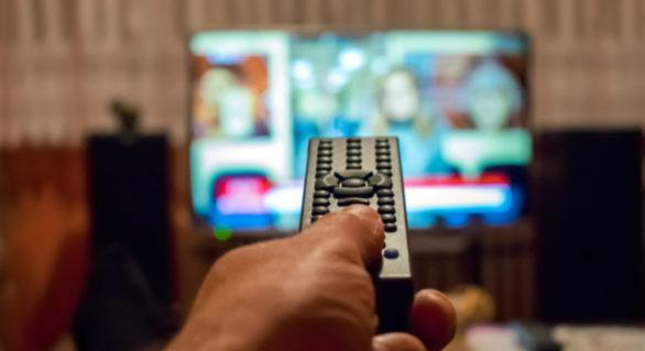 Doi operatori de servicii TV, sancționați de CCA cu amendă de 40.000 lei