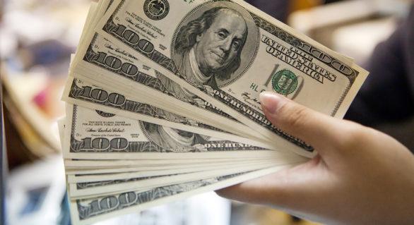 Marile companii americane și-au recompensat acționarii cu 1.000 de miliarde de dolari într-un an