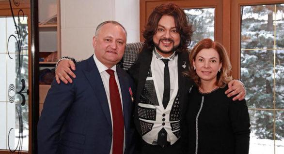 Filip Kirkorov, subiect de glume pe Internet: Cânt pentru mâncare! Cât ar costa de fapt concertul interpretului la Sadova