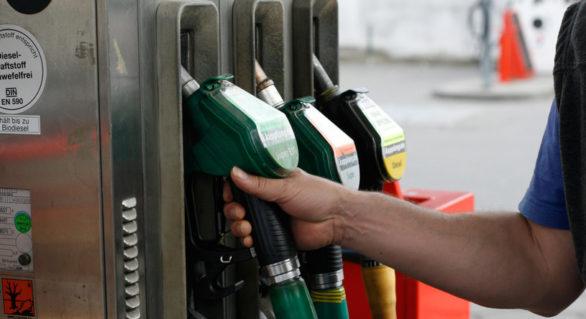 Majorarea prețurilor pentru benzină și motorină, suspendată din nou! Deja prin instanță