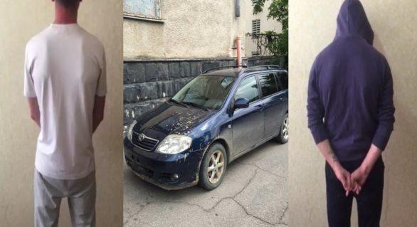 Trei tineri, reținuți la Cahul pentru furtul unui automobil dintr-un garaj în capitală. Acum riscă până la patru ani