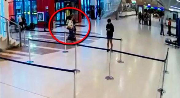"""(VIDEO) Proxenetă de 23 de ani, reținută în Aeroport. Aceasta însoțea o tânără la """"o muncă bine plătită"""" în Turcia"""