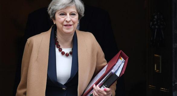 Guvernul Marii Britanii, în criză după demisia ministrului pentru Brexit