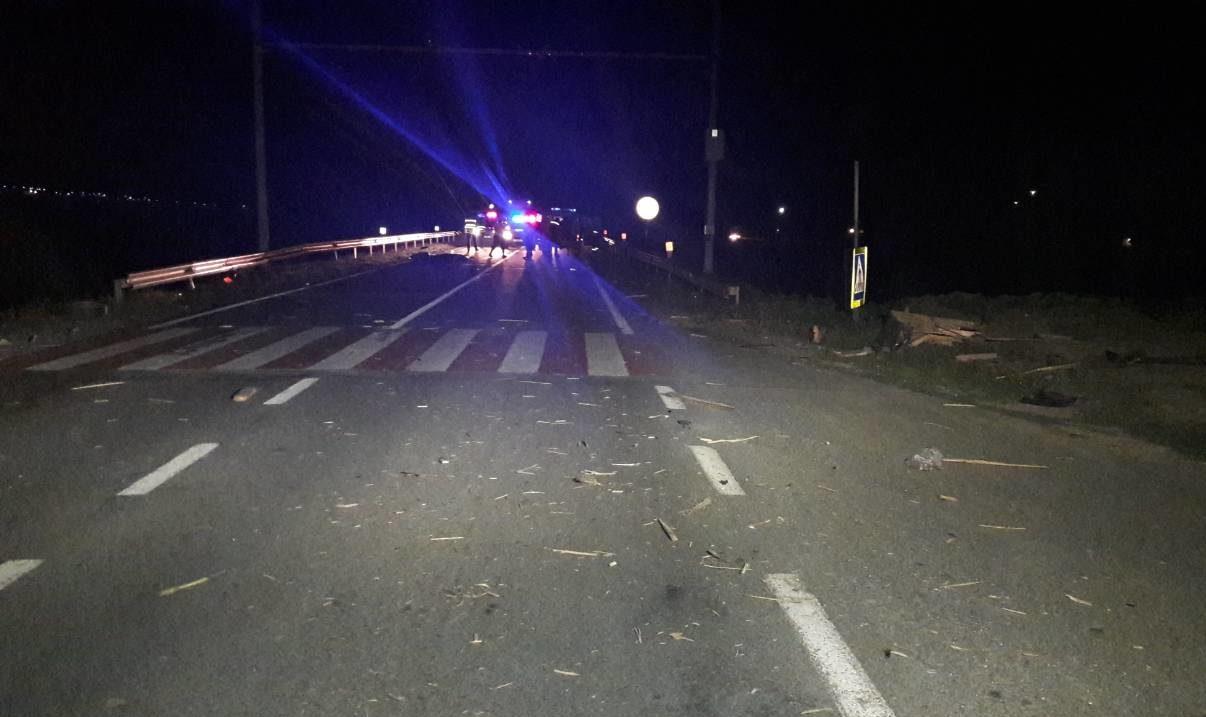 Grav accident pe traseul Chișinău-Leușeni. Trei copii și o tânără au murit, iar alți patru tineri au fost răniți