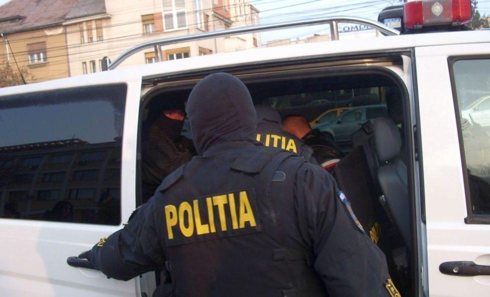 Cetățean turc căutat internațional pentru proxenetism, reținut în Moldova și extrădat țării sale