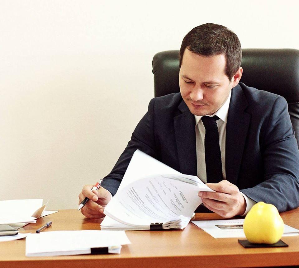 """(DOC) Viceprimarul Ruslan Codreanu s-a """"autoproclamat"""" în funcția de primar interimar al capitalei"""