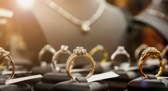 Soția unui premier acuzat de corupție, dată în judecată pentru bijuteriile în valoare de 14,8 milioane de dolari