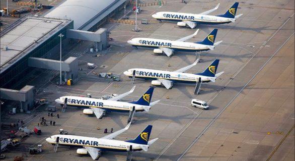Greva Ryanair afectează traficul aerian. Peste 400 de curse vor fi anulate