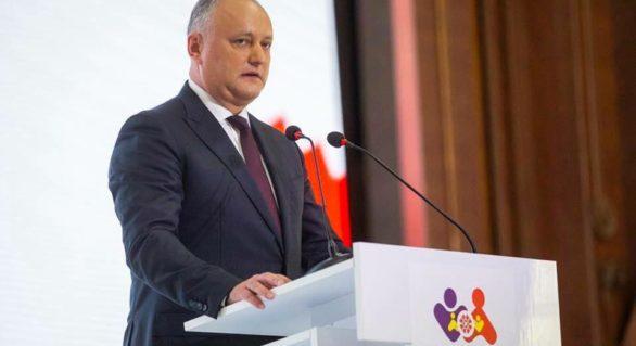 Președintele Igor Dodon cere declararea festivalurilor LGBT în afara legii: Minoritățile sexuale reprezintă un pericol