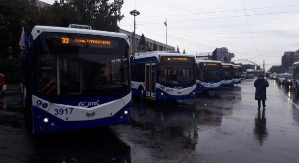 Troleibuzele pe ruta nr. 32, până la Stăuceni, au fost puse azi pe linie. Cum vor circula cele pe ruta nr. 33