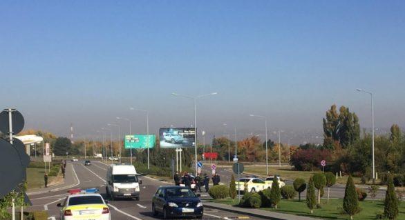 (VIDEO) Peste 30 de automobile. Cum arată coloana oficială a președintelui Erdogan, sosit în Moldova