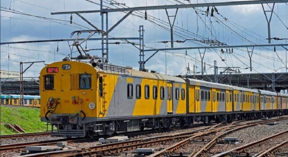 În jur de 320 de răniți într-o coliziune între două trenuri în Africa de Sud