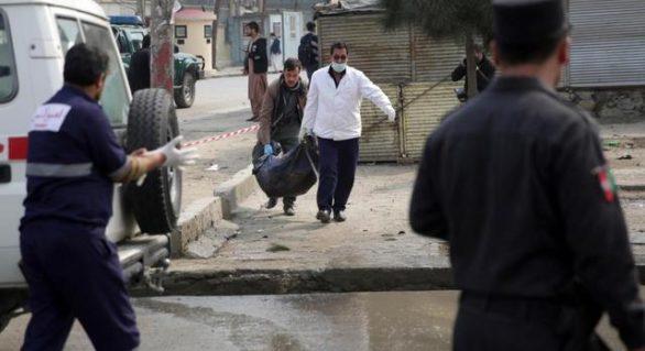 Zeci de morți și răniți în atacuri ale talibanilor în două provincii din Afganistan