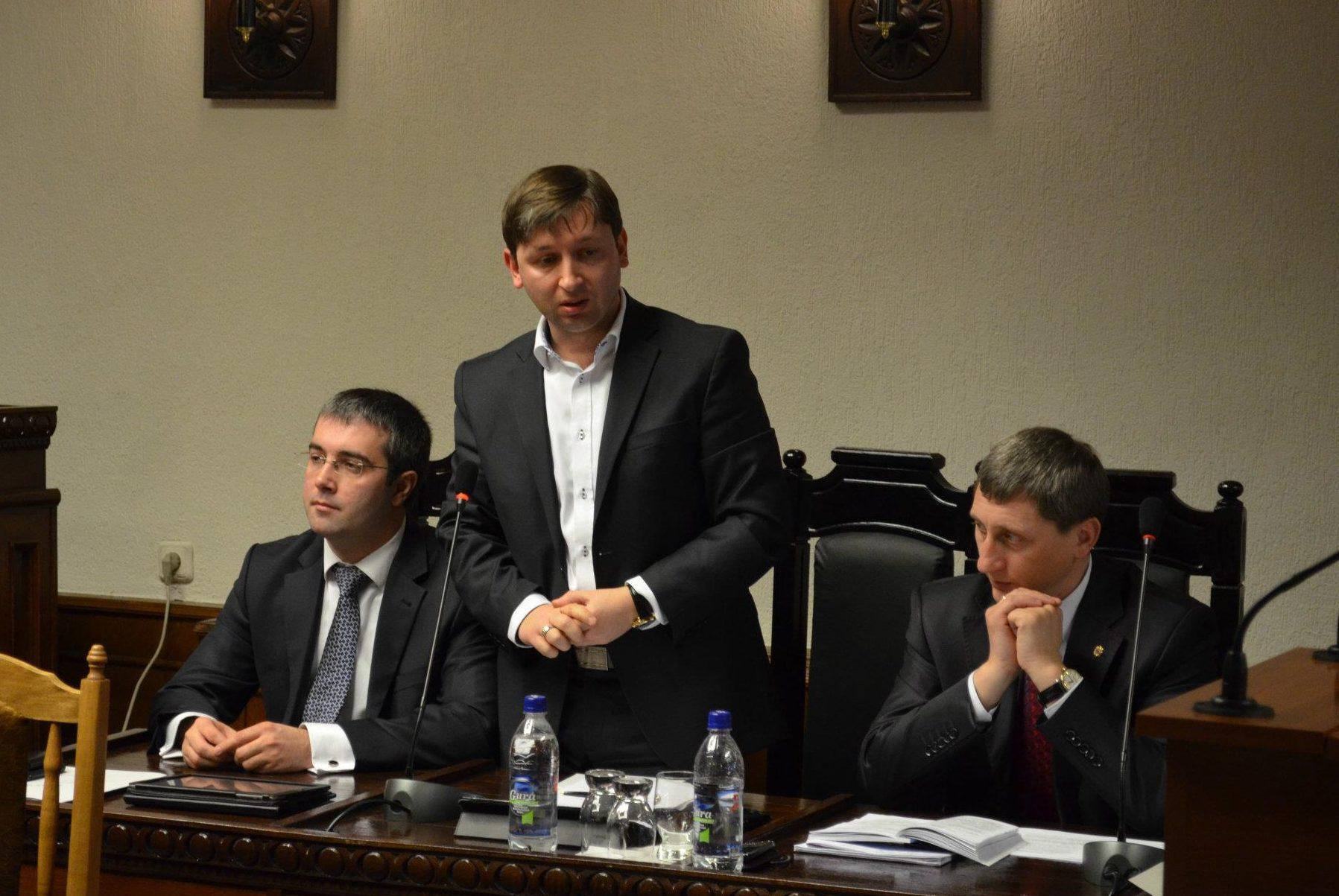 După Gurin, Reșetnicov! Guvernul l-a desemnat pe fostul șef SIS la funcția de judecător al CC