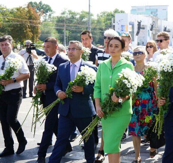 La 28 de ani de Independență, Partidul Nostru promite că va continua lupta pentru a transforma R. Moldova într-un stat de drept